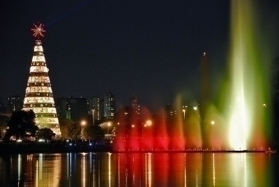 Ibirapuera at christmas night